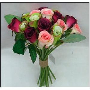 Bouquet de rosas color rosa, morada y verde