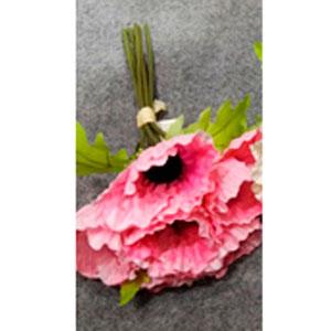 Ramo de amapolas rosas
