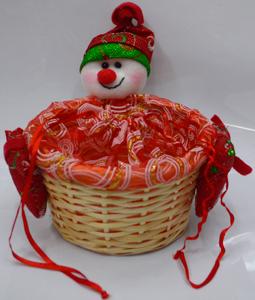 Canasta de rattan redonda diseño muñeco con gorro blanco con rojo de nieve grande