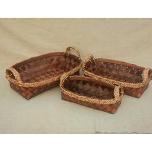 Canasta oval de madera tejida de 33x18x48cm