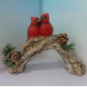 Cardenales sobre rama de árbol de 40x13x29cm