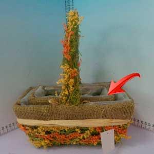 Canasta rectangular con flores de 18x10x9cm