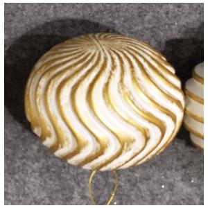 Juego de 6 esferas blancas con doradas onduladas de 10cm