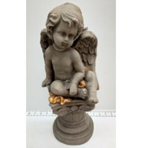 Angel sentado sobre esfera de 19x16x41cm