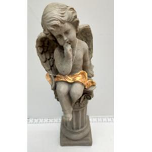 Angel sentado sobre esfera de 20x17x54cm
