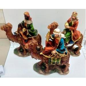 Juego de reyes magos en camellos de 62x32x39cm