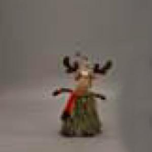 Reno con bufanda roja
