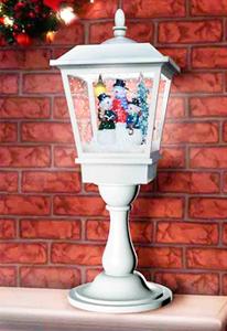 Farol c/casa color plata con luz y musica de 27x27x64cm