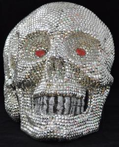 Cráneo con luz led en los ojos de 39x39x48cm