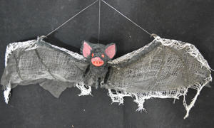 Murciélago negro de35x75x8cm