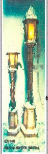 Farol de madera nevado de 85cm (Usa 2 baterias doble A)