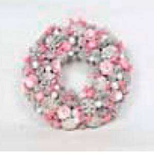Corona de piñas con flores rosas de 34x34x8cm