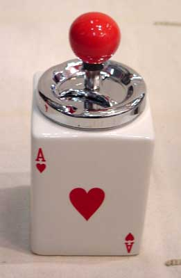 Cenicero de mesa diseño corazón
