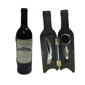 Juego de accesorios para bar en estuche diseño botella color negra