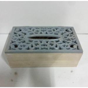 Clinera de madera blanca con tapa calada gris de 24x13x8cm