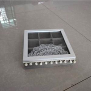 Caja de madera gris para té con tapa de cristal 25x25x7cm