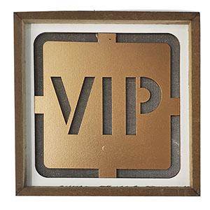 Letrero VIP con luz led usa bateria AAA de 20x20cm