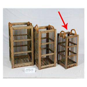 Caja de madera con barrotes de metal y asas de 32.5x32.5x55cm