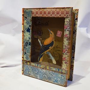 Caja portalibros con tapa de vidrio estampado Aves de 30x24x8.3cm