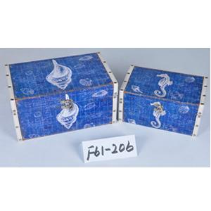 Baúl de madera azul con estampado conchas de 24x14x12cm