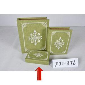 Portalibros forrado de tela verde con diseño blanco de 18x12x4cm
