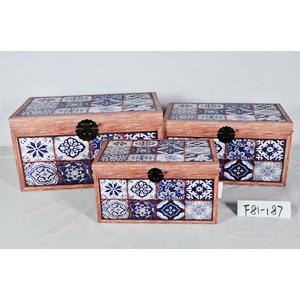 Caja de madera diseño mosaicos azules de 42x26x25cm