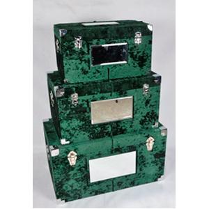 Caja de madera forrada de terciopelo verde con espejo de 35x32x35cm