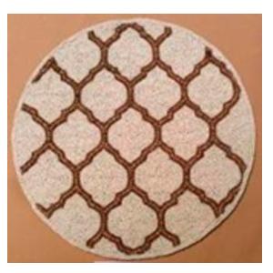 Bajo plato bordado de shakira beige con dorado diseño rombos de  35cm
