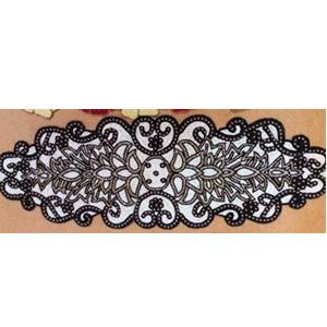 Camino de mesa blanco con negro de chaquiras de 90x32cm