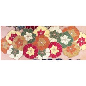 Camino de mesa diseño flores de colores de chaquira de 90x35cm