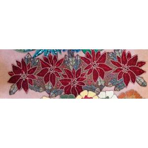 Camino de mesa diseño nochebuenas rojas de chaquira de 90x32cm
