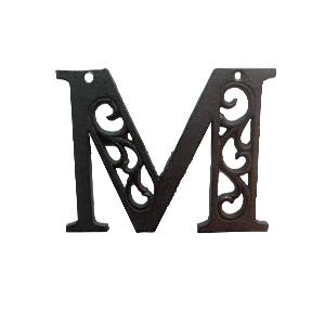 Letra M de hierro de 10cm