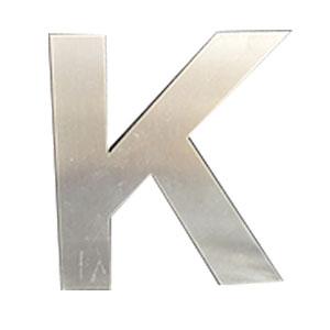 Letra K de acero de 25cm