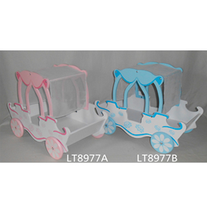 Canasta en forma de carruaje para niña de 50x27x39cm