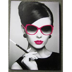 Cuadro diseño Mujer con cigarrillo de 50x70x2.5cm