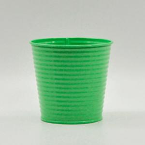 Maceta diseño cubeta de lámina color verde de 14x10x12cm