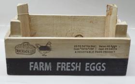 Maceta rectangular de madera blanca con estampado de textos de 23x14x8cm