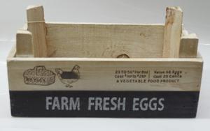 Maceta rectangular de madera blanca con estampado de textos de 27x18x8.5cm