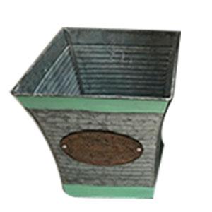 Maceta de lámina con franja verde y placa de 20X20X22cm