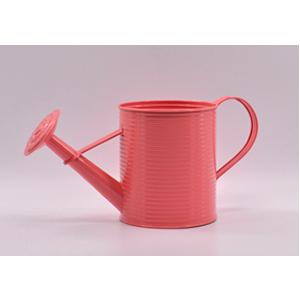 Regadera de lámina diseño a rallas roja de 15x15x16cm