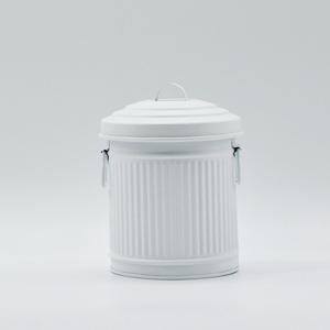Bote de lámina con tapa en color blanco de 11x11x13cm