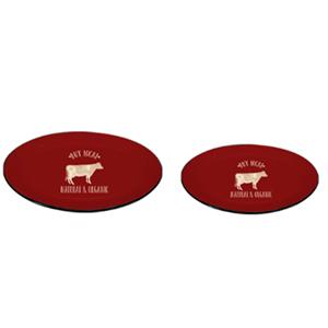 Plato de peltre oval rojo con orilla negra y estampado de vaca beige de 33x22x5cm
