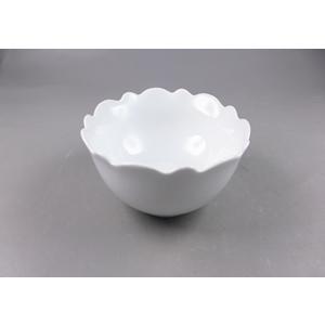 Tazón de porcelana blanca c/orilla ondulada de 14x14x6cm