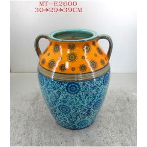 Vasija de porcelana con asas grabado de flores azules y franga naranja de 30x29x39cm