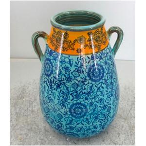 Vasija de porcelana c/asas, grabado de floresazules y naranja de 24.5x24x34.5cm