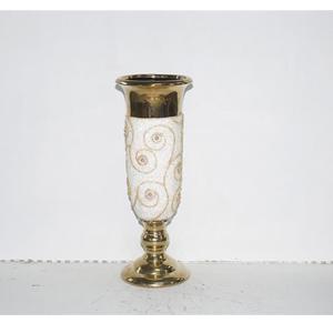 Florero diseño copa dorado con estampado de flor de 19x19x51xcm