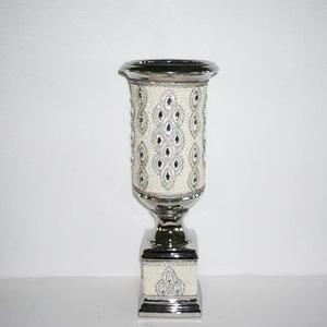 Florero diseño copa con incrustaciones de pedrería de 19x19x53cm