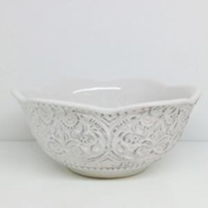 Bowl porcelana blanca con orilla diseño encaje de 15cm