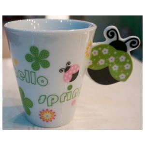 Taza para café Americano con asa diseño Catarina en tonos verdes