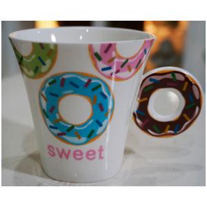 Taza para café Americano con asa diseño Rosquilla amarillo